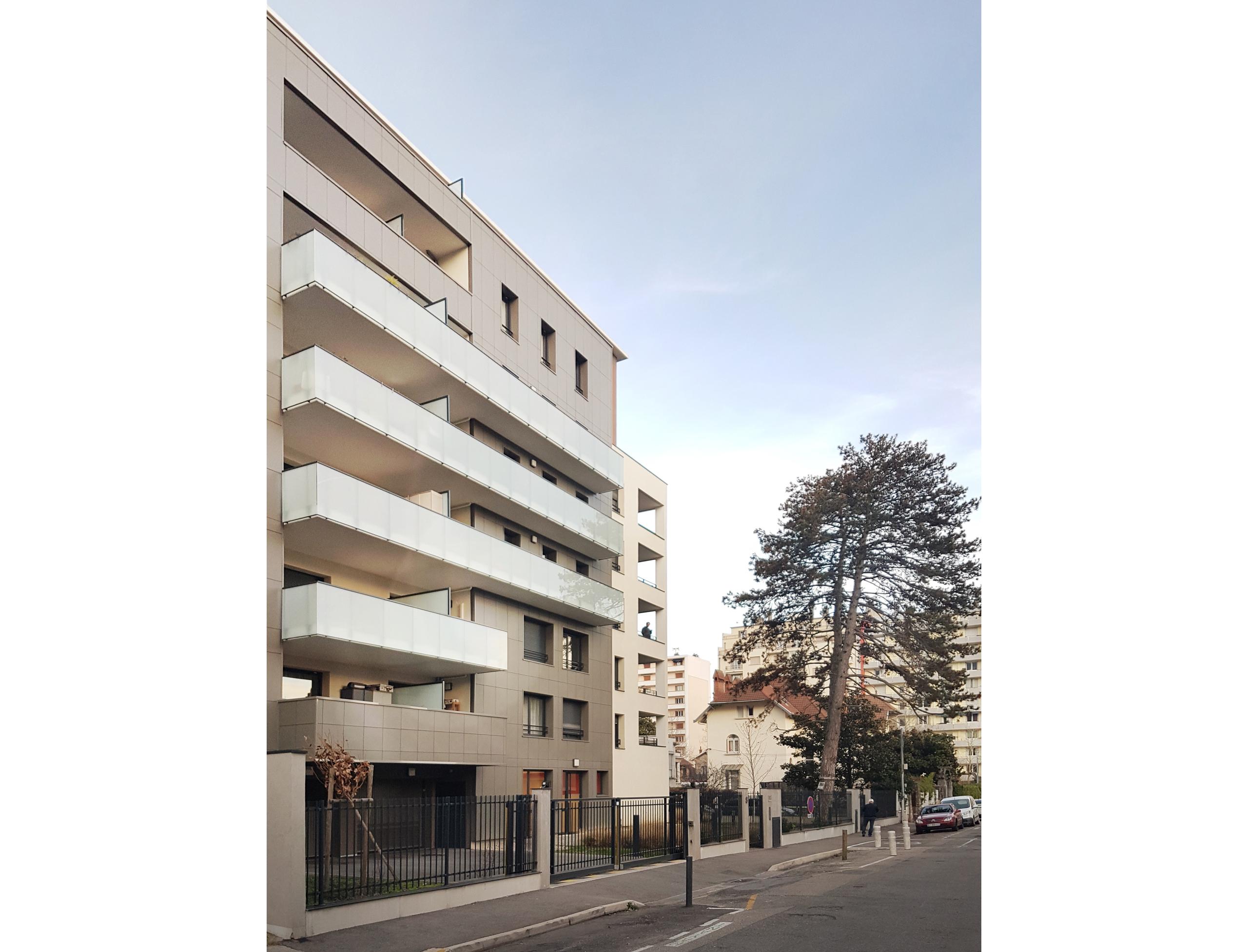11056_GRENOBLE_Bouchayer_rue
